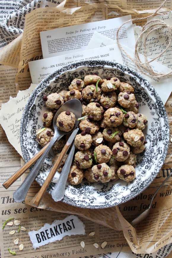 Cereali oatmeal cookies avena zucchine e gocce di cioccolato vegan