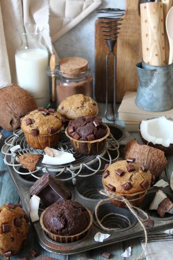 Muffins al grano saraceno cacao cocco e gocce di cioccolato senza uova senza burro