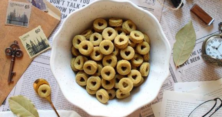 Cereali ciambelline al miele a forma di cuore simil cheerios fatti in casa