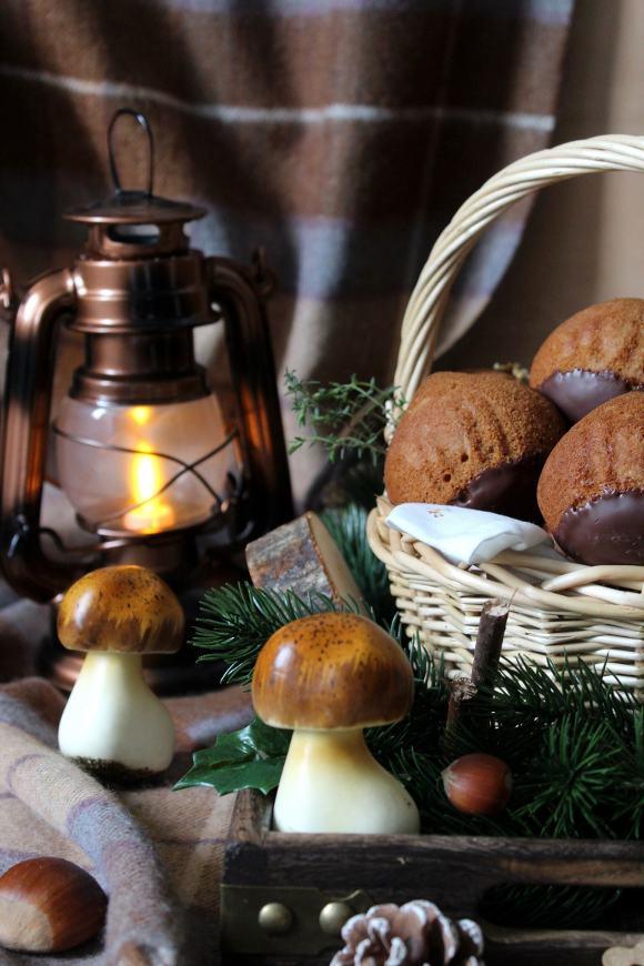 muffins con frutta secca farina di castagne cannella senza uova senza lattosio