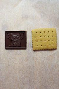 formazione Halloween cookie choc con zucca al doppio cioccolato senza uova senza burro