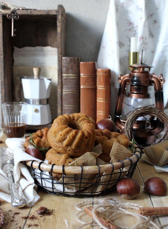 Ciambelline alla zucca castagne e caffè senza uova senza burro
