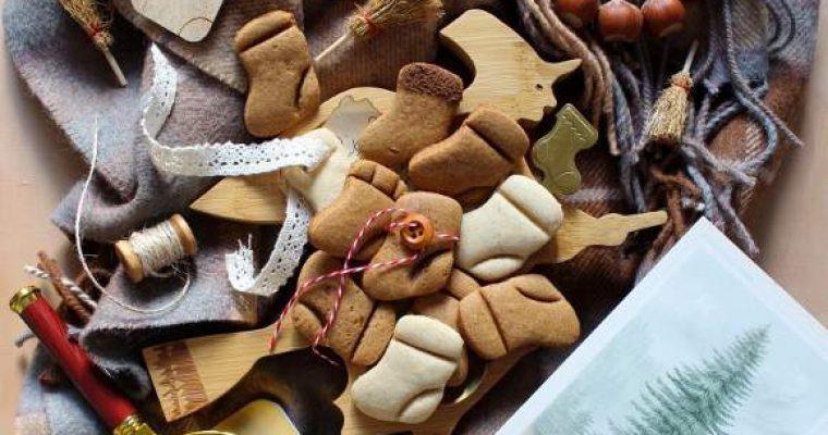 Cereali-mini biscotti calze della befana alla melassa o miele e arancia senza uova senza lattosio