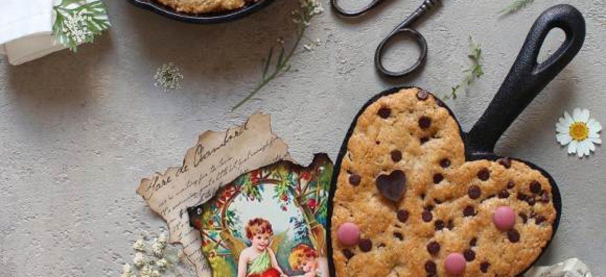 Mini Skillet Chocolate chip cookies: Biscotti cotti in padella al forno con gocce di cioccolato fondente senza uova senza burro