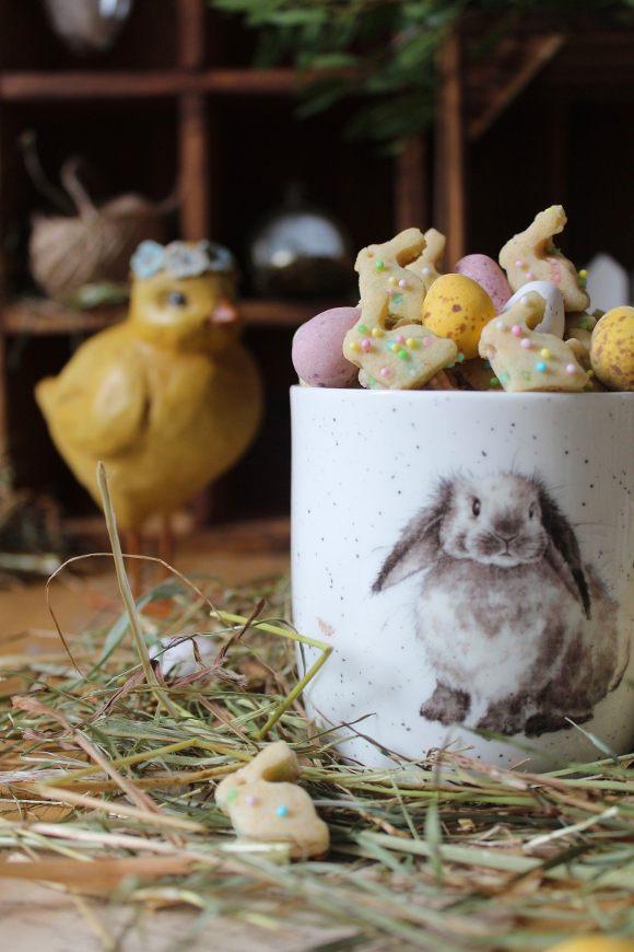 Cereali coniglio con confettini di zucchero a tema Pasquale
