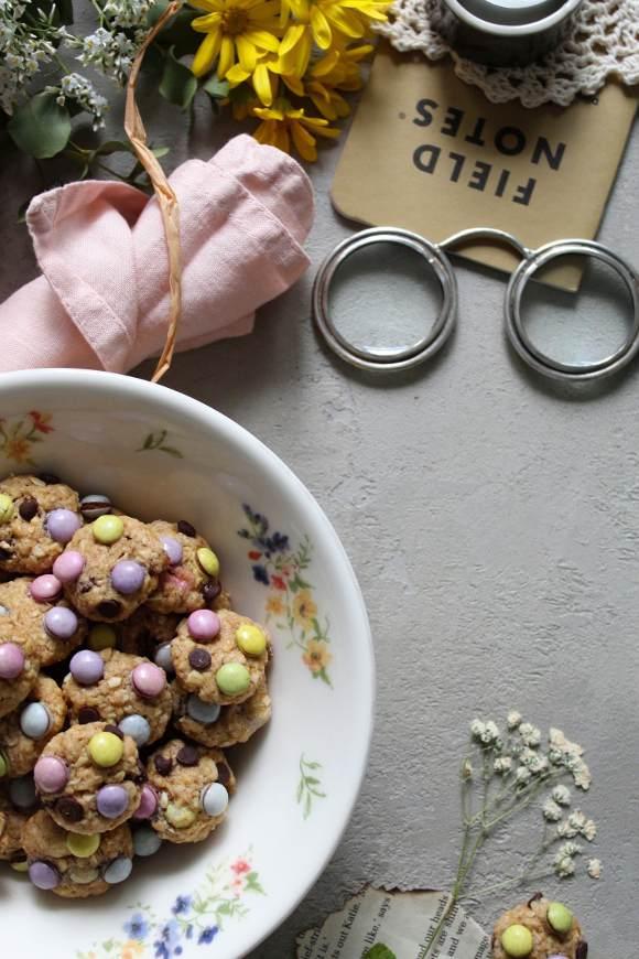 Cereali-mini biscotti monster cookies senza uova