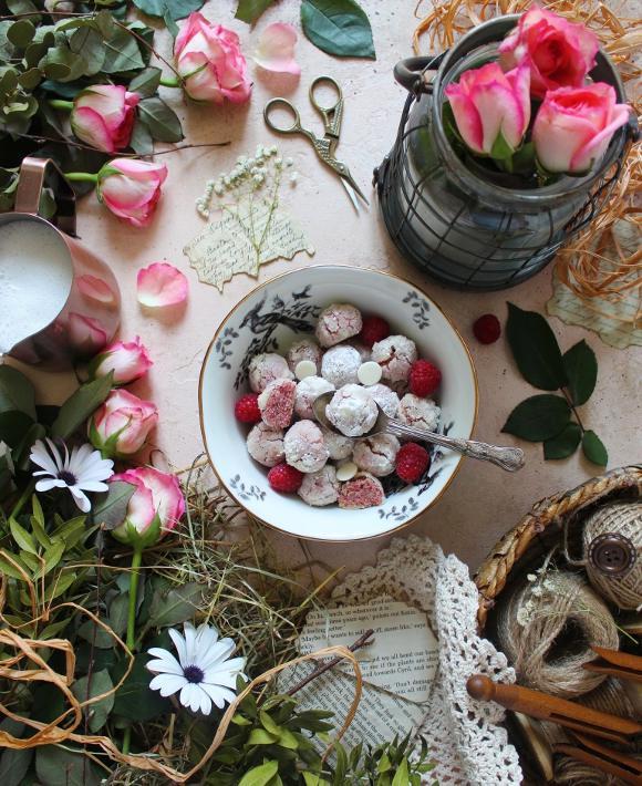 Cereali Crinkles gocce di cioccolato bianco e lamponi senza uova senza burro