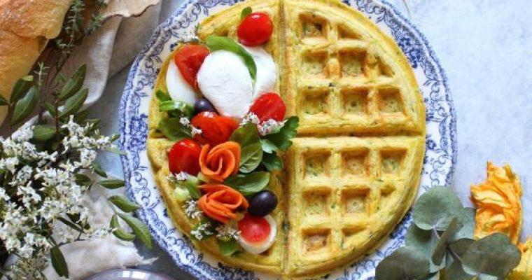 Waffles salati farina di carote zucchine e formaggio senza uova