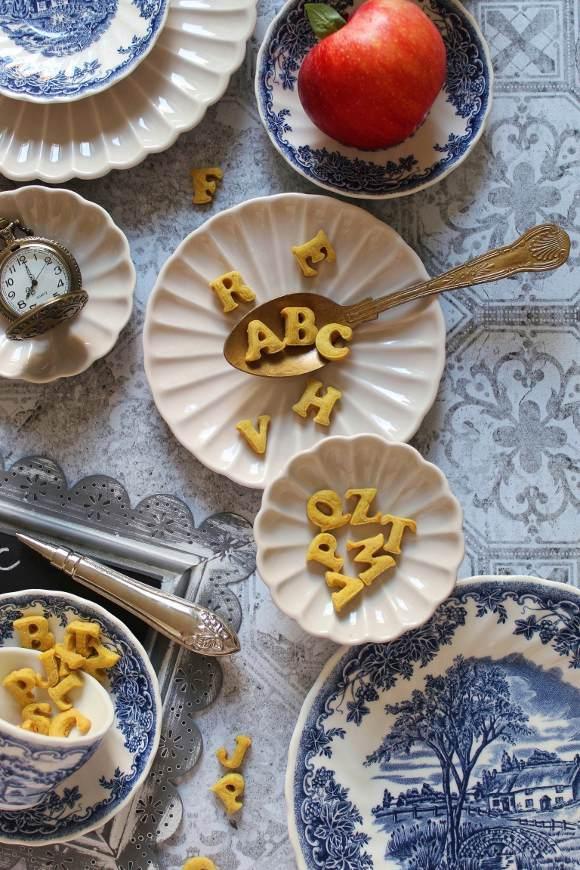 Cereali alfabeto all'avena vegan