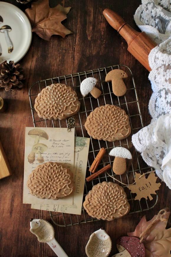 Biscotti Riccio alla castagna con miele di castagno senza uova senza burro